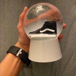 """Vans """"off the wall"""" snow globe, new in box!"""